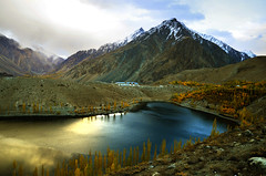 Phandar Lake (NotMicroButSoft (Fallen in Love with Ghizar, GB)) Tags: autumn pakistan nature water lakes kashmir ghizer phandar gupis khalti gilgitbaltistan