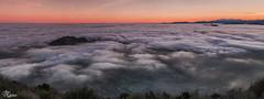 Por encima del mar de nubes (Panoramica de 6 verticales) (Urugallu) Tags: espaa color luz canon spain flickr asturias amanecer panoramica nubes niebla altura angliru asturies mardenubes 70d joserodriguez morcin principadodeasturias alalba urugallu unnuevodia