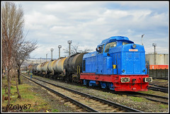LDE125-088 (Zoly060-DA) Tags: blue red hp industrial railway romania bo takers zalau 088 shunting faur lde1250