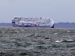 Hoegh Osaka grounded in Solent (Nick.Bayes) Tags: shipwreck solent osaka hoegh