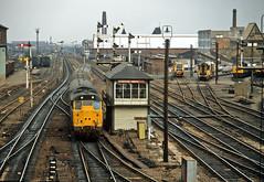 31422 Leicester North (delticfan) Tags: signalbox passengertrain class31 31422 semaphoresignals leicesternorth 31412