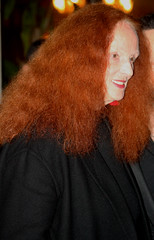 Grace Coddington after Oscar de la Renta runway during NYFW FW16 (Clara Ungaretti) Tags: nyc newyorkcity portrait ny newyork face look fashion outfit fashionphotography flash moda streetphotography style streetlife gal estilo chic fashionista mode hairstyle onthestreets streetwear fashionweek streetfashion newyorkfashionweek streetstyle fashionportrait womenswear nystyle semanademoda nyfashion fashionphotographer fashionworld nyfw gracecoddington fashionlook