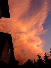 Lakeview, Mississauga (Sauga_Framer) Tags: lakeviewmississaugaontariocanada lakeviewontario lakeview sauga southsauga southmississauga peelregion portcredit mississauga ontario canada 905 gta greatertorontoarea lakeshorerdeast lakeshorerd lakeshorerde cawthrard dixierd hwy2 yyz cyyz nikoncoolpixl840 bridgecamera clouds cumulonimbus thunderclouds thunderstorms sky skyporn cloudporn cumulus