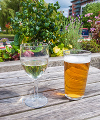 Perfect Saturday lunchtime (uplandswolf) Tags: pint wine canal manchester