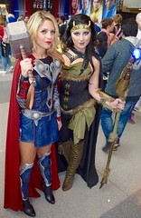DSC_0552 (Randsom) Tags: nycc 2016 newyorkcomiccon nycomiccon javitscenter october nyc newyorkcity cosplay costume fun comicbooks comicconvention marvelcomics avengers heroine superheroine thor loki couple laneyfeni jade redlips female