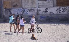 Chicas De Playa (Ctuna8162) Tags: mejillones chile playa bicycle gorls dog graffitti
