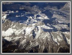 Auf einem Flug Dsseldorf - Antalya berfliegen wir die Alpen (Horst Erkrath) Tags: erkrath horstbostelmann flugzeug flieger alpen gipfel