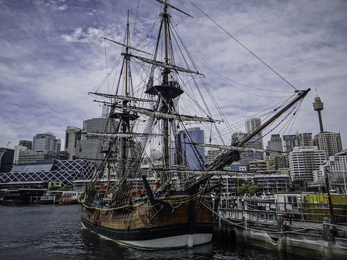 HM Bark Endeavour Replica, the Australian National Maritime Museum, Darling Harbour