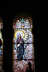 Vidrieras Cripta La Almudena (67) (pedro18011964) Tags: arquitectura iglesia cristal vidrieras culto construcion religiosa oracion representacion decorado capillalaalmudena