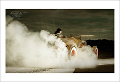 Burn out  Ford 1927 (Emmanuel DEPARIS) Tags: hot ford car race out tire voiture burn rod custom pneu emmanuel cabriolet deparis