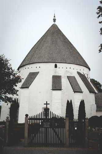 Bornholm ist auch für seine Rundkirchen bekannt.