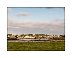 Argenton (Finistère) (SiouXie's) Tags: sea mer color beach nature landscape fuji village bretagne paysage plage couleur finistère argenton landunvez siouxies fujix20