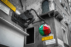_MG_6957.jpg (Fernandolunad) Tags: old venice urban italy travelling tourism europa italia dragon viajes desaturation urbano turismo venecia antiguo países dragón desaturación selectiva