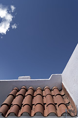 Noon reveries. f8; 1/640s; ISO 100; FL18mm.  Juan Manuel Saenz de Santa Mara, 2016. (Brenus) Tags: street original urban photography mediterranean photographers facades roofs impresiones tumblr lensblr