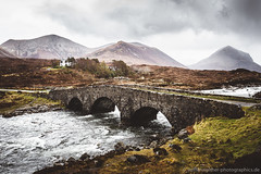 Bridge at Sligachan (Steffen Walther) Tags: old uk travel bridge skye green colors rain clouds river landscape outside outdoors scotland highlands scenery scenic cuillins isle hebrides reise schottland munro 2016 sligachan canon1740l marsco blackcuillins vsco canon5dmarkiii steffenwalther bridgeofsligachan