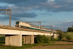 E402 135 (Samuele Poli - SierraAlpha photos) Tags: sunset rome speed florence high tramonto rail vesuvio intercity tav 596 incisa direttissima e402 romafirenze e402135 e40b