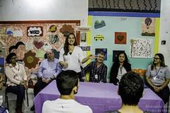 (REDES DA MAR) Tags: americalatina brasil complexodamar drywall elisngelaleite favela formatura mar novaholanda ong redesdamar riodejaneiro aula curso jovem placas
