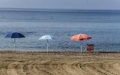 Tranquilidad (pelpis) Tags: beach places sea sealandscape landscape scene details blue