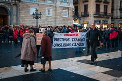 Barcelona (Roger Hanuk) Tags: groupofpeople banner barcelona demonstrating object placadesantjuame protesting spain street woman women catalonia