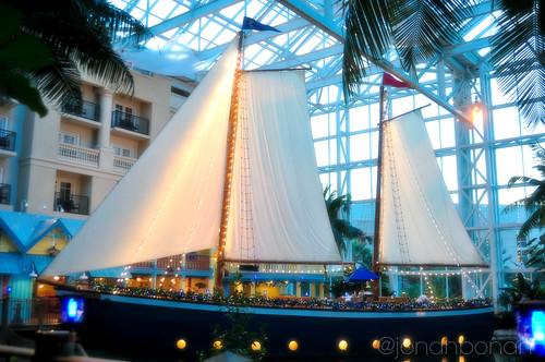 sailboat restaurant orlando florida fl kissimmee gaylordpalms fishcamp snowyholiday sunsetsams travelflorida