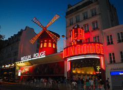 "Moulin Rouge • <a style=""font-size:0.8em;"" href=""http://www.flickr.com/photos/29084014@N02/15429905894/"" target=""_blank"">View on Flickr</a>"