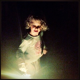 Sparklers. Daisy Belle. New Years Eve with @dettestarlala 💗💗💗#4yo #sparklers
