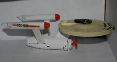 DINKY TOYS USS ENTERPRISE (WESTROWMAN) Tags: startrek ussenterprise dinkytoys