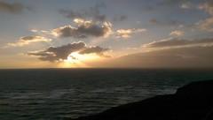Abendstimmung | Helgoland (_dankhn) Tags: sunset sea sky clouds germany island deutschland meer sonnenuntergang himmel wolken bluesky insel northsea nordsee sonnenstrahlen sunbeams schleswigholstein helgoland germansea