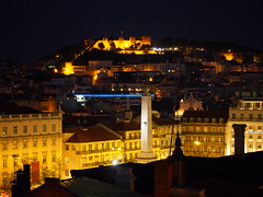Lisboa by night.