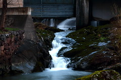Tannefors (bobban25) Tags: water canon eos is waterfall soft long exposure sweden lock norden sverige usm scandinavia vatten linkping tannefors vattenfall f4l sluss 70d canonef24105mmf4lisusm ef24105mm