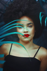 Tamara (TheJennire) Tags: camera light portrait people luz nature girl face fashion canon hair cores photography photo eyes colours foto young makeup style olhos colores teen ojos indie dreamy redlipstick fotografia camara cabelo pelo cabello blackpower tumblr