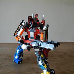 DSCN6426 (alfa145q_lego) Tags: robot lego mecha rebuild alternate 31034 31033 31032 legocreator vehicletransporter redcreatures futureflyers