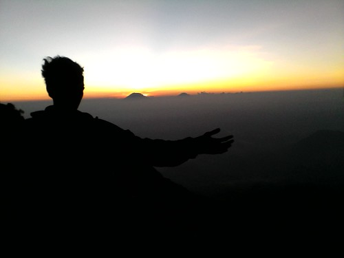 "Pengembaraan Sakuntala ank 26 Merbabu & Merapi 2014 • <a style=""font-size:0.8em;"" href=""http://www.flickr.com/photos/24767572@N00/27163111905/"" target=""_blank"">View on Flickr</a>"