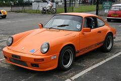 1977 Porsche 911 (davocano) Tags: brooklands tnt79r