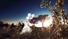 Die Ballons in der Wildnis  ich liebe das Bild. http://ift.tt/1lX56G6 #hochzeitsfotograf #weddinginspiration #weddingideas #weddingplanner #weddingphotographer #hochzeitsfotografie #hochzeitskleid #hochzeitsfotos (hochzeitsfotograf.stuttgart) Tags: wedding photoshop photography groom bride couple fotograf photographer hochzeit lightroom weddingphotographer braut brutigam hochzeitsbilder brautpaar hochzeitsfotografie hochzeitsfotograf