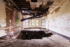 (MattLambros) Tags: newyork statehospital kirkbride abandonedasylum abandonedny