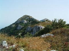 Kusak (1309m) i pogled ka greben Presla (1405m) i Šiljak (1570m)