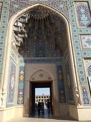 Exterior Santuario de Shah Cheragh Shiraz Irán 11 (Rafael Gomez - http://micamara.es) Tags: de shrine exterior iran persia shiraz foreign sha ایران shah santuario irán cheragh شاه cherag حرم شاهچراغ شیراز خارجه