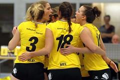 GO4G5757_R.Varadi_R.Varadi (Robi33) Tags: game girl sport ball switzerland championship team women action basel tournament match network volleyball block volley referees viewers