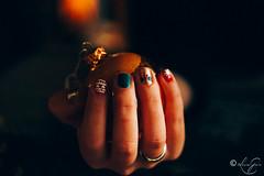 Nail art (louise garin) Tags: bokeh nailart fixe vernisàongles focale bouledenoël