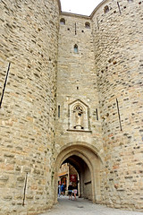 France-002130 - Narbonne Gate (archer10 (Dennis) (66M Views)) Tags: france castle church sony free walls dennis jarvis fortifications carcassonne lafrance globus iamcanadian la france freepicture dennisjarvis archer10 dennisgjarvis nex7 18200diiiivc
