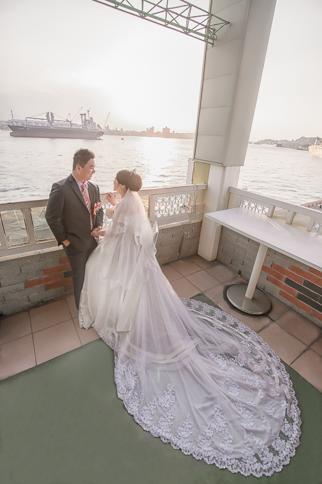 15898117828 8b3659e04d o [高雄婚攝]J&J/香蕉碼頭海景宴會廳