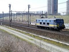 2556  Luchtbal  20.03.09 (w. + h. brutzer) Tags: digital train nikon eisenbahn railway zug trains 25 locomotive belgien lokomotive luchtbal elok eisenbahnen sncb eloks webru