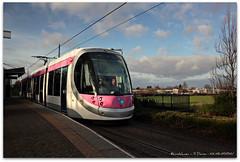 No.22 at Bradley Lane (zweiblumen) Tags: uk england 22 tram publictransport caf westmidlands polariser bilston midlandmetro canoneos50d zweiblumen bradleylane urbos3
