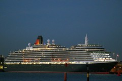 Queen Victoria at Night (clare.blandford) Tags: cruise hampshire victoria queen solent cunard liner southamptonwater southanptondocks