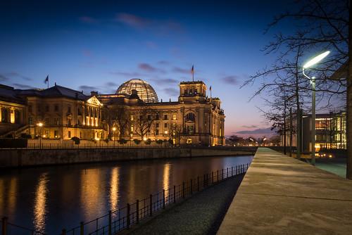 "Deutscher Bundestag • <a style=""font-size:0.8em;"" href=""https://www.flickr.com/photos/48827165@N04/16152698801/"" target=""_blank"">View on Flickr</a>"