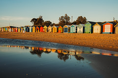 Golden Hour (Lehnistina) Tags: beach strand reflections australien brightonbeach goldenhour reflexionen beachboxes
