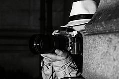 Noir (Cadu Dias) Tags: 35 35mm 18 noir portrait nikon pb bn bw grain preto branco brazil brazilian brasil cadu dias cadudias cadupdias day film filmnoir grão woman girl mulher prime lens retrato monochrome people ritratti monocromático sattler vintage retro simone