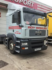 (StevieBowlesy) Tags: heathrow haulage colnbrook roybowlestransport