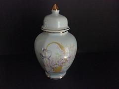 Pote Romântico em Porcelana (Antiquariaa_Lisboa) Tags: china vintage dourado bone reino unido pote campestre romântico porcelana inglês jacc